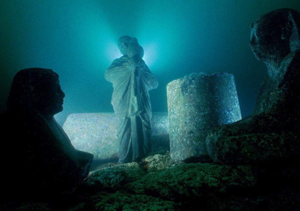 continentes perdidos- Templo de Cleopatra