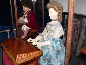 La pianista de Jaquet-Droz (Wikimedia)