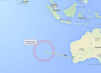 mapa de situación de los objetos localizados por satélites australianos que podrían pertenecer al avión desaparecido de Malaysian Airlines
