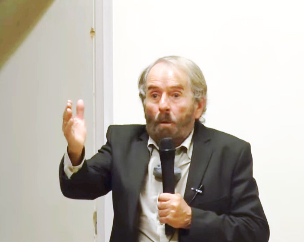 Conferencia de César Pérez de Tudela, Grupo Hepta 4