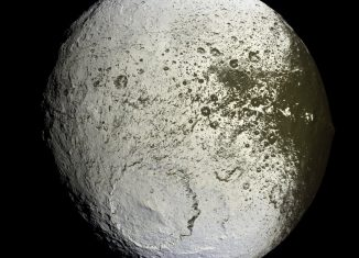 jápeto o Iapetus, 24ª luna de Saturno