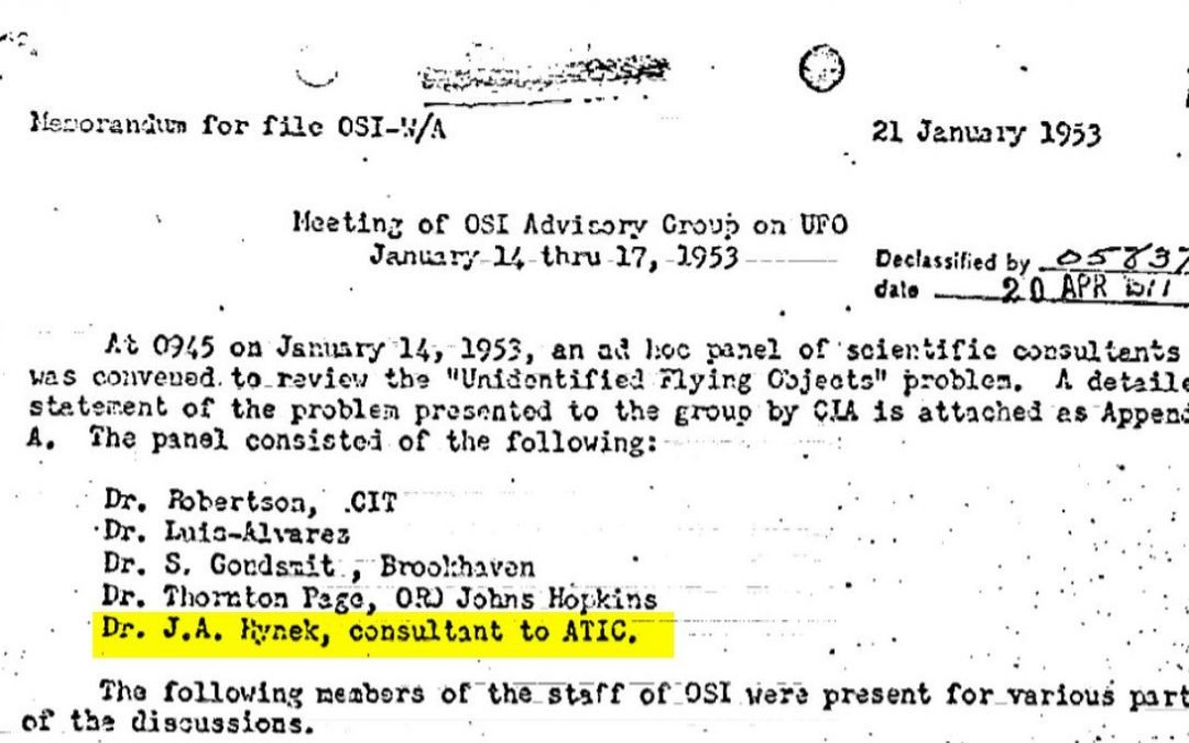 La CIA NO ha desclasificado nuevos informes Ovni, sino que ha destacado algunos en homenaje Expediente X