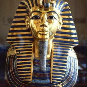 La cámara detrás de la tumba de Tutankamón estaría llena de tesoros según el ministro de Turismo egipcio