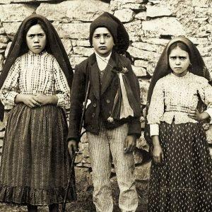 100 años de las Apariciones de Fátima. Uno de los mayores negocios del último siglo