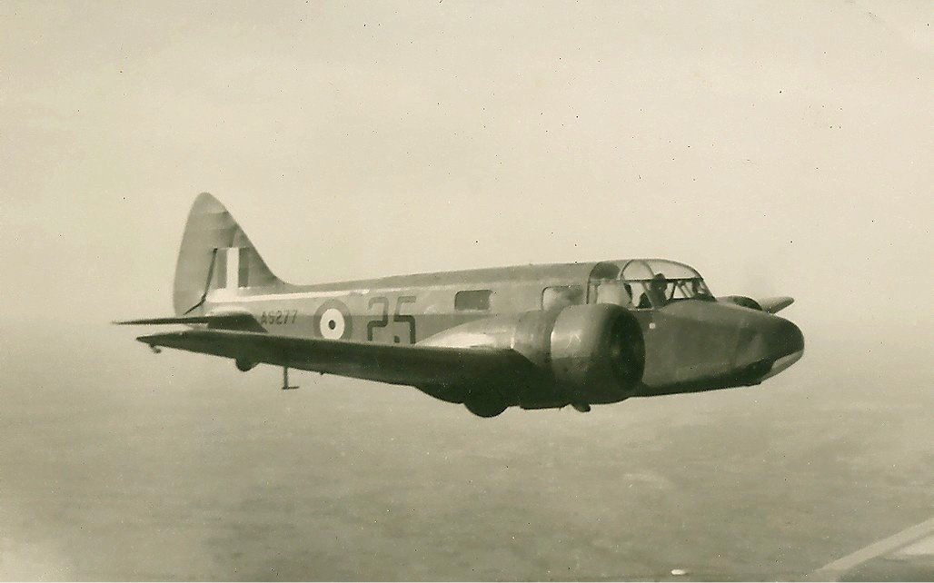 RAF Airspeed AS.10 Oxford II Brown, Planeta Incógnito