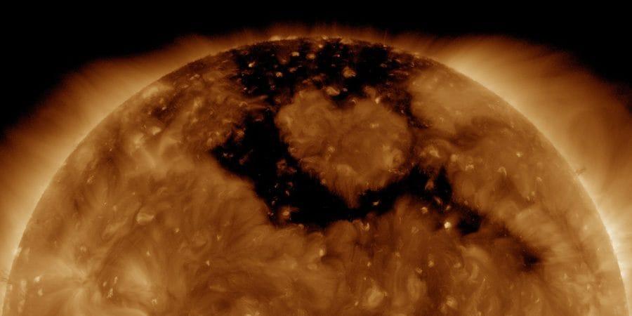Una intensa tormenta solar magnética clase G1 para este viernes 13 1