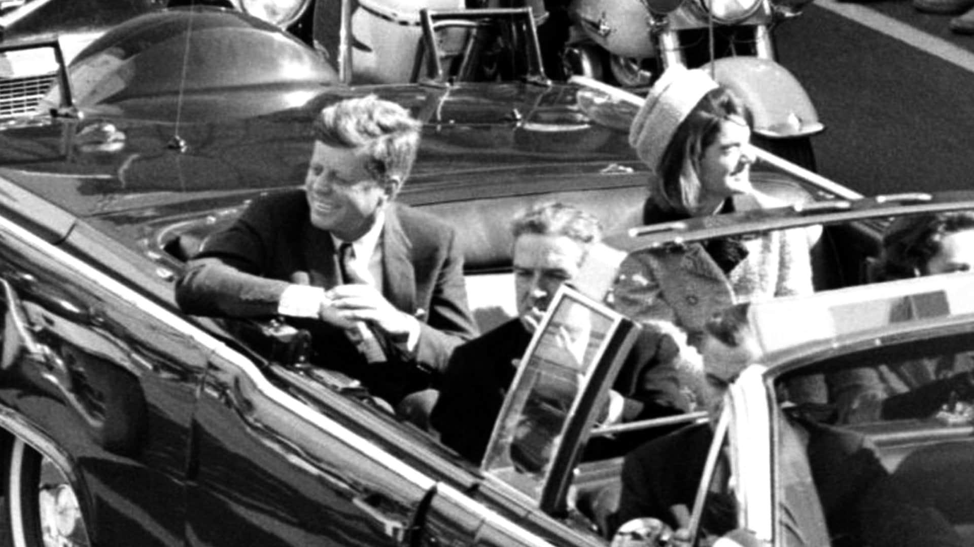 Trump anuncia la desclasificación de los archivos secretos sobre el asesinato de John F. Kennedy 4