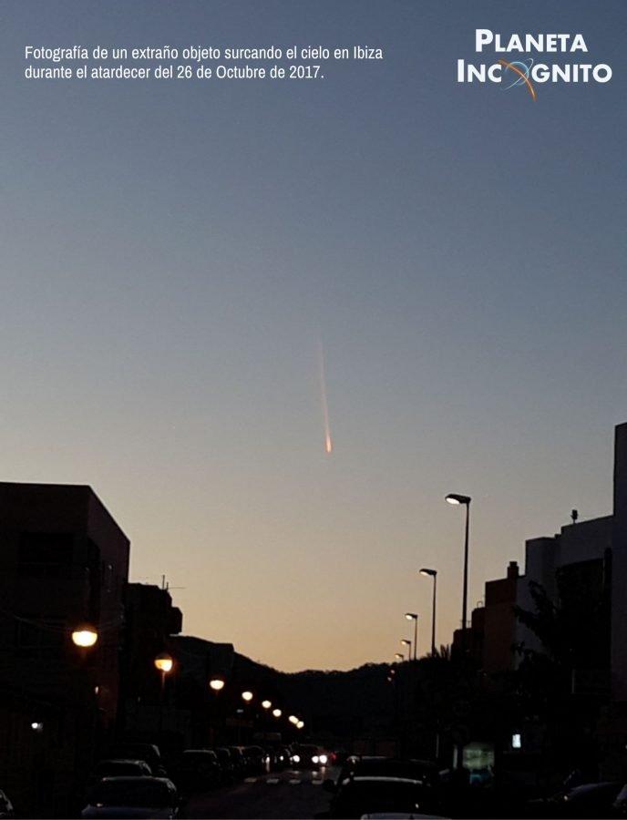 Avistamiento de un objeto extraño en los Cielos de Ibiza. ¿OVNI o meteorito? 1