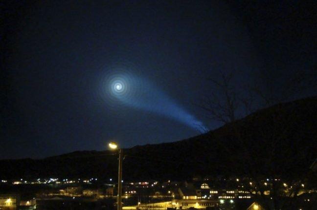 Espiral avistada en los cielos de Oslo en 2009 y que finalmente fue también consecuencia de un lanzamiento de un misil balístico.