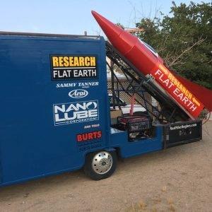 El terraplanista Mike Hughes no pudo finalmente lanzarse en su cohete casero