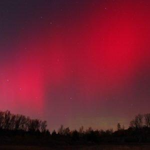 Una aurora roja en el siglo XVII. El misterio de una tormenta solar casi desconocida