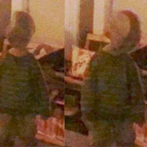 Las nuevas fotografías navideñas de Adam Ellis y el pequeño niño Dear David