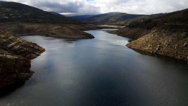 La reserva de agua vuelve a subir y los embalses rozan el 42% de su capacidad