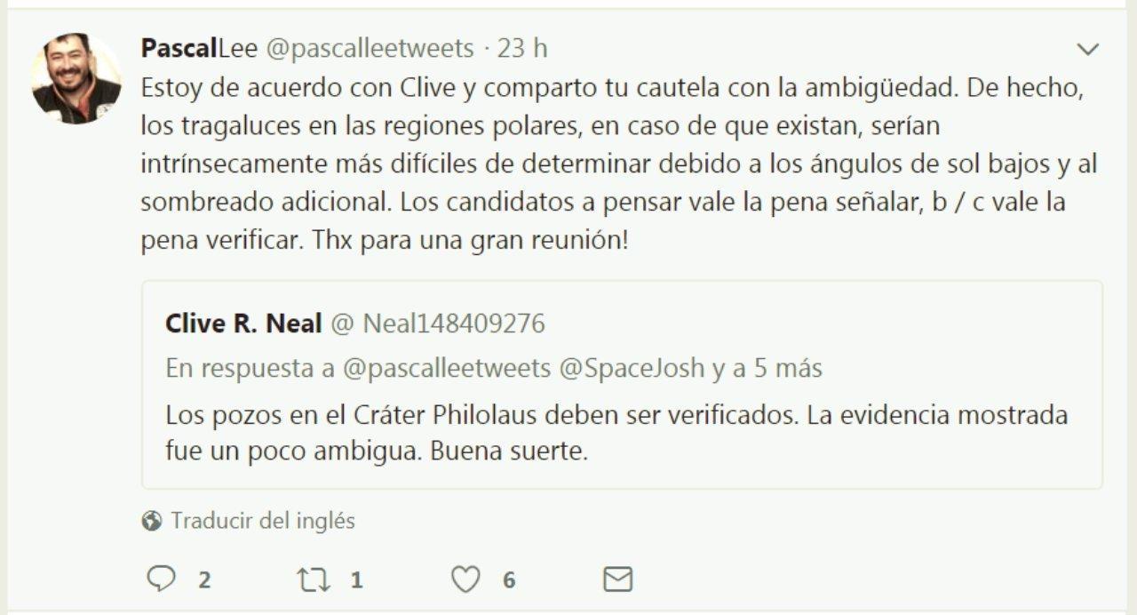 Contestación de Pascal Lee a Clive R. Neal en Twitter traducidas al español.