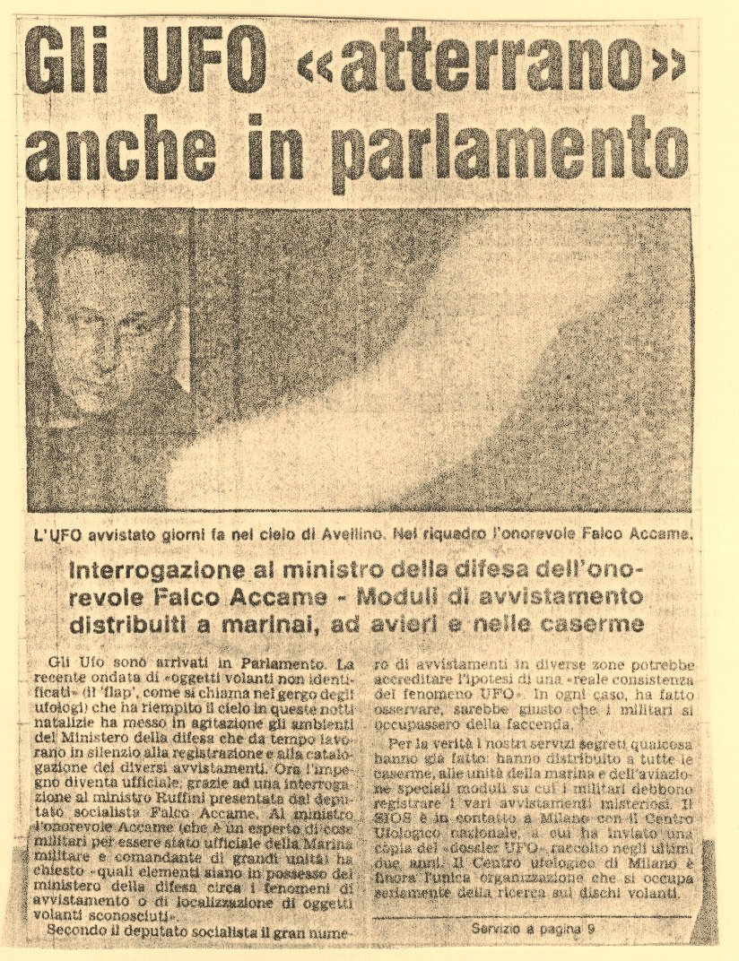 """Corriere d'Informazione e Il Giornale del 27-12-78. Los ovnis """"aterrizan"""" en el parlamento,"""