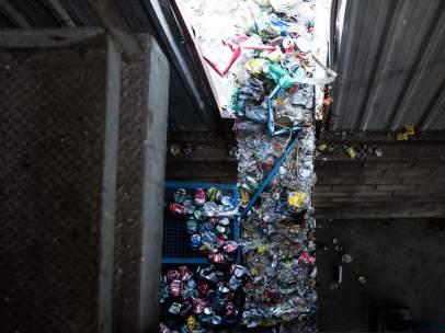 Asi Es El Reciclaje De Envases Paso A Paso Donde Van Los Residuos Del Contenedor Amarillo 1, Planeta Incógnito