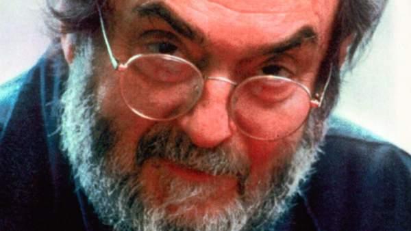 Stanley Kubrick ya tiene oficialmente un monte en la luna Caronte de Plutón