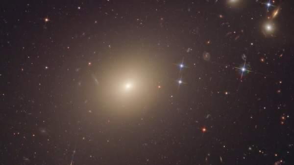Einstein Tenia Razon Incluso Mas Alla De La Via Lactea, Planeta Incógnito