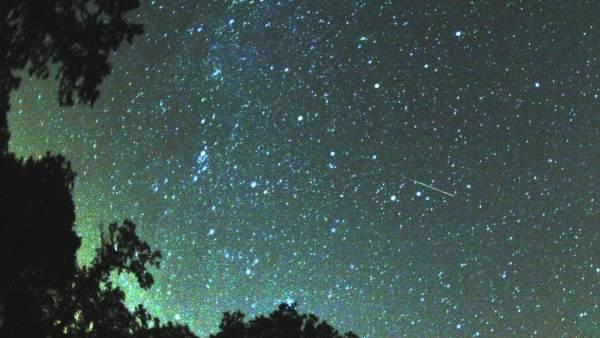 La Luna Llena Deslucira La Primera Lluvia De Estrellas Del Verano, Planeta Incógnito
