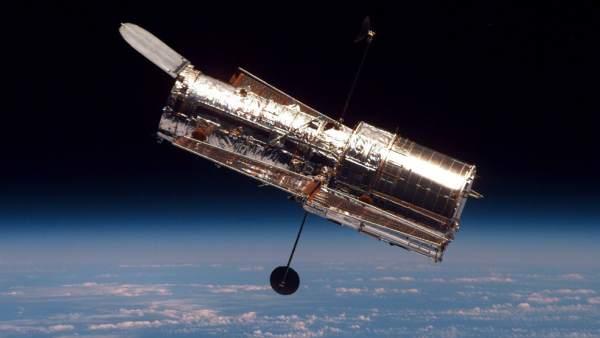 El Telescopio Espacial Hubble Suspende Sus Operaciones Por Un Fallo Mecanico, Planeta Incógnito