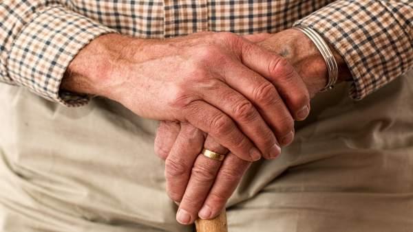 Cantar Puede Reducir El Estres Y Mejorar La Funcion Motora De Las Personas Con Enfermedad De Parkinson, Planeta Incógnito