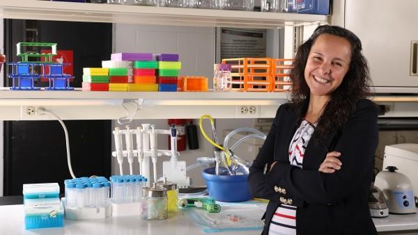 Pilar De La Puente Es Imposible Predecir Los Efectos Secundarios De Un Farmaco Experimentando Con Ratones, Planeta Incógnito