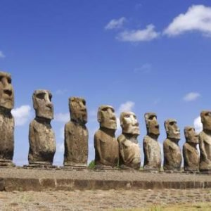 Un equipo de investigadores cree haber resuelto el misterio de los 'Moai' de la Isla de Pascua
