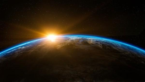 Una Colision Planetaria Trajo A La Tierra Los Elementos Basicos Para La Vida, Planeta Incógnito