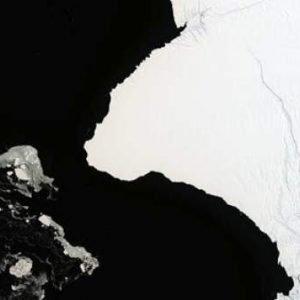Cuenta atrás para un nuevo iceberg, del doble de tamaño que Nueva York